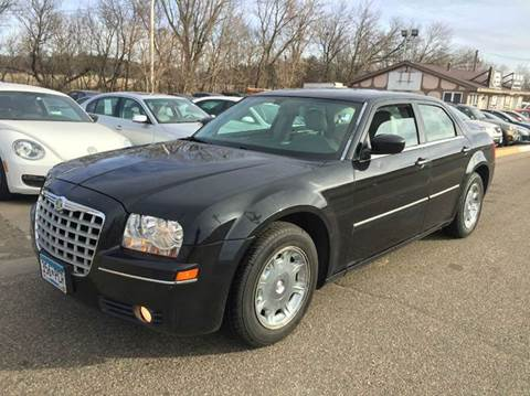 2006 Chrysler 300 for sale at LUXURY IMPORTS AUTO SALES INC in North Branch MN