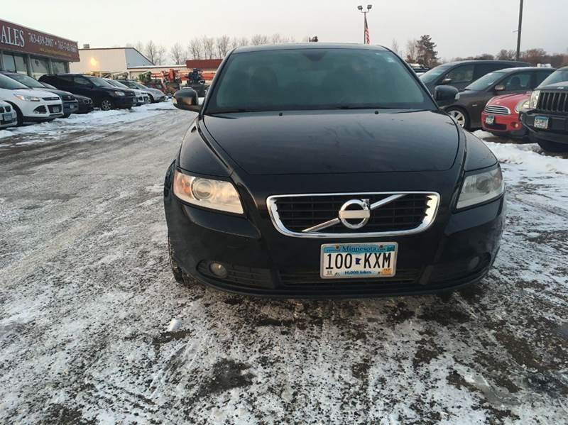 2011 Volvo S40 T5 R Design 4dr Sedan In North Branch MN