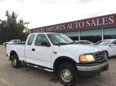 2000 Ford F-150 for sale at LUXURY IMPORTS AUTO SALES INC in North Branch MN
