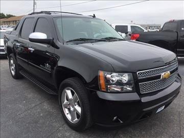 2013 Chevrolet Black Diamond Avalanche for sale in Whitesboro, TX