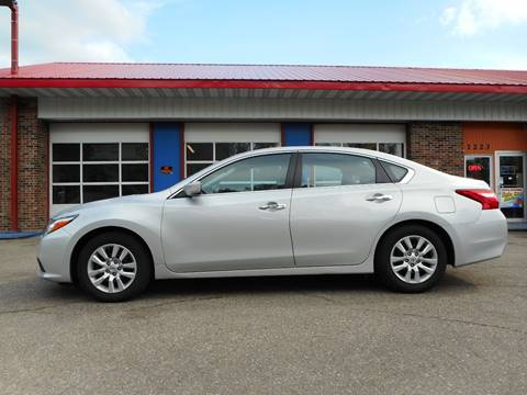 2016 Nissan Altima for sale in Grand Forks, ND