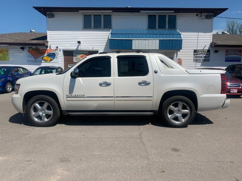 2013 Chevrolet Avalanche for sale at Twin City Motors in Grand Forks ND