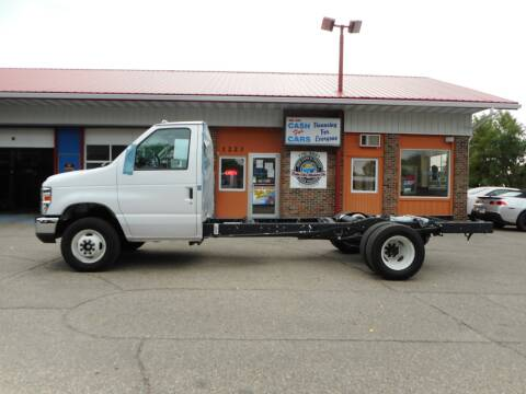 2019 Ford E-Series Chassis for sale at Twin City Motors in Grand Forks ND