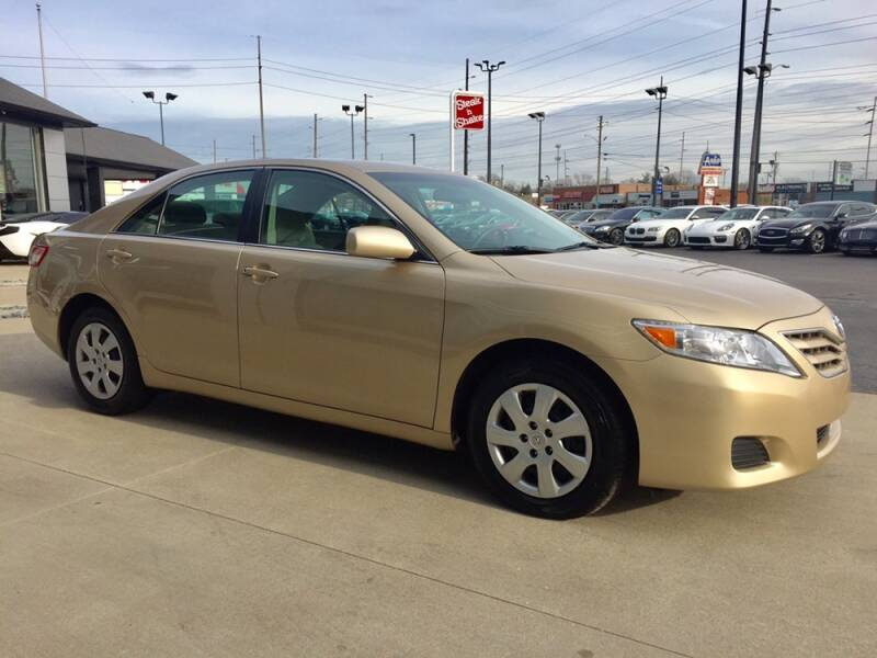 2011 Toyota Camry LE 4dr Sedan 6A - Indianapolis IN