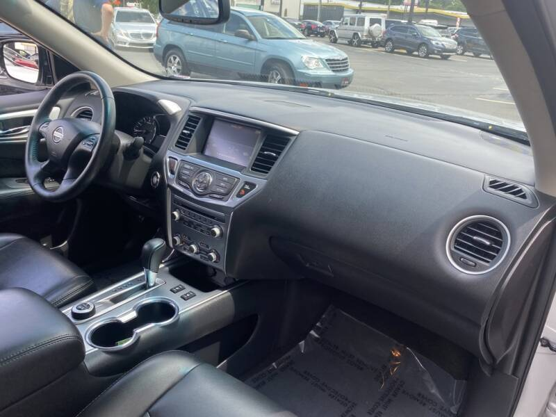 2017 Nissan Pathfinder 4x4 SL 4dr SUV - Indianapolis IN