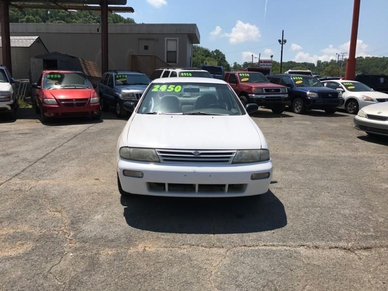 1997 Nissan Altima 4dr Sdn GXE Auto - Knoxville TN
