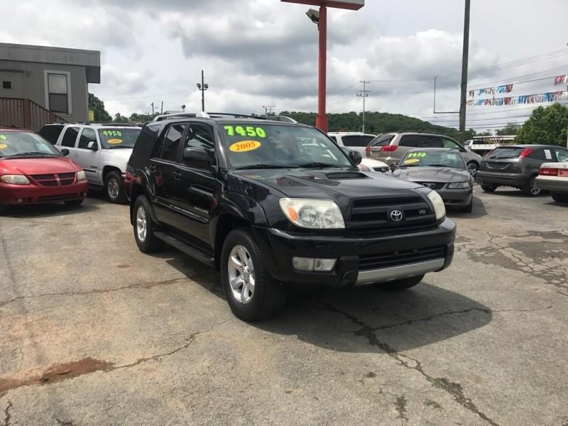 2005 Toyota 4Runner 4dr SR5 V8 Auto 4WD (Natl) - Knoxville TN