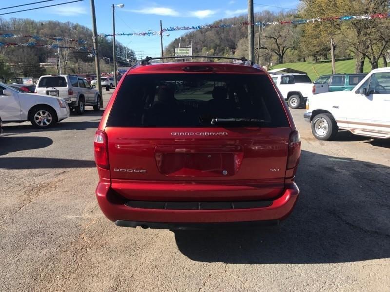 2005 Dodge Grand Caravan 4dr Grand SXT - Knoxville TN