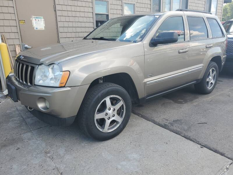 2006 Jeep Grand Cherokee for sale at CAPITAL CAR CENTER in Providence RI