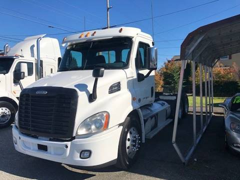 2014 Freightliner Cascadia for sale in Marysville, WA