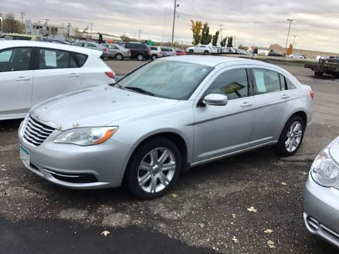 2011 Chrysler 200 for sale in Maplewood, MN