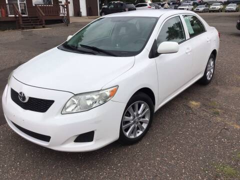 2009 Toyota Corolla for sale at Sparkle Auto Sales in Maplewood MN