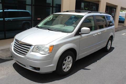2009 Chrysler Town and Country for sale in Waipahu, HI