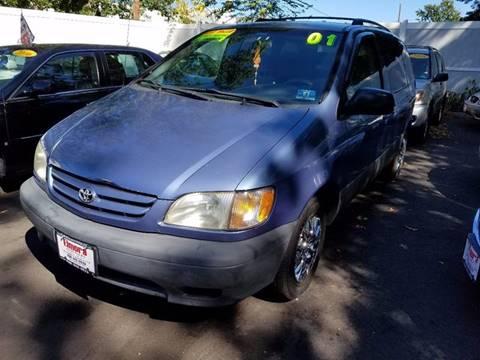 2001 Toyota Sienna for sale in Elizabeth, NJ
