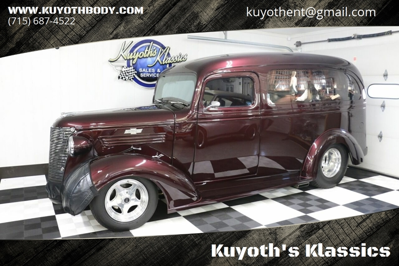 Kuyoth's Klassics – Car Dealer in Stratford, WI