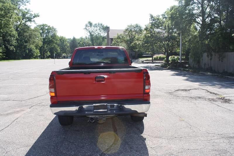 2004 Chevrolet Silverado 1500 4dr Extended Cab LT 4WD SB - Grand Rapids MI