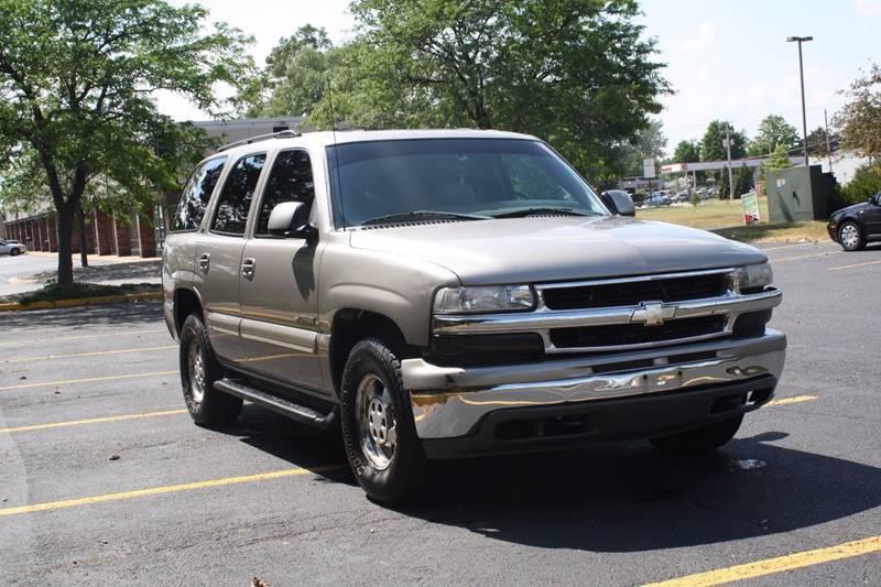 2001 Chevrolet Tahoe LT 4WD 4dr SUV - Grand Rapids MI