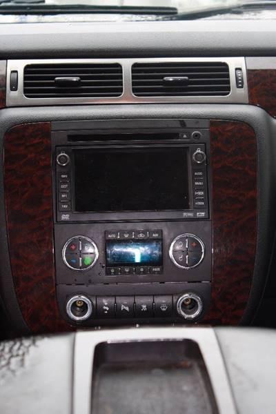 2007 GMC Yukon AWD Denali 4dr SUV - Grand Rapids MI
