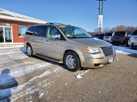 2009 Chrysler Town and Country for sale at Summit Auto & Cycle in Zumbrota MN