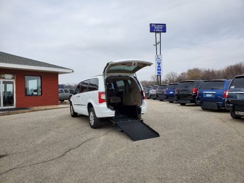 2015 Chrysler Town and Country Touring for sale at Summit Auto & Cycle in Zumbrota MN