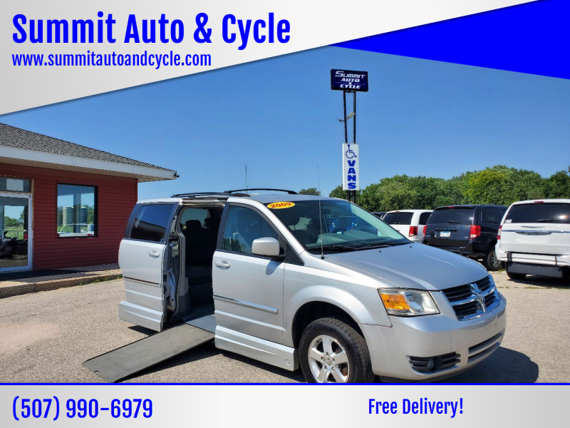 2009 Dodge Grand Caravan for sale at Summit Auto & Cycle in Zumbrota MN