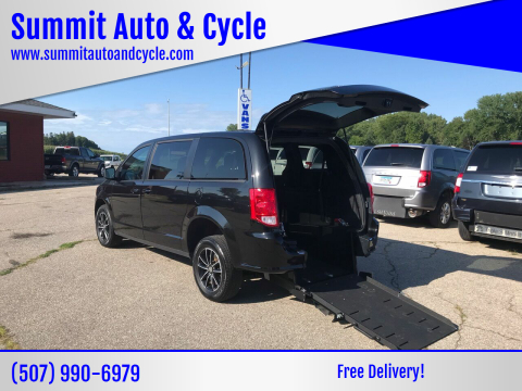 2019 Dodge Grand Caravan for sale at Summit Auto & Cycle in Zumbrota MN