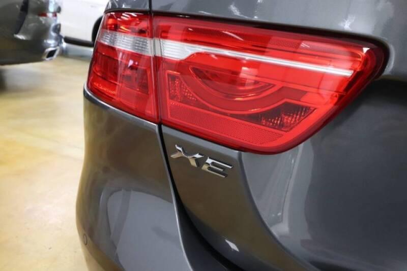 2017 Jaguar XE 25t Premium 4dr Sedan - Orlando FL