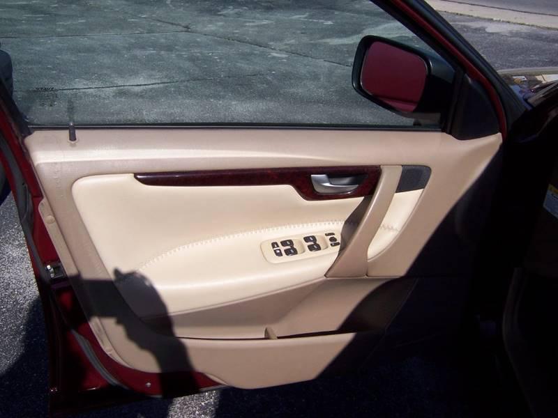 2004 Volvo XC70 AWD 4dr Turbo Wagon - Fort Wayne IN