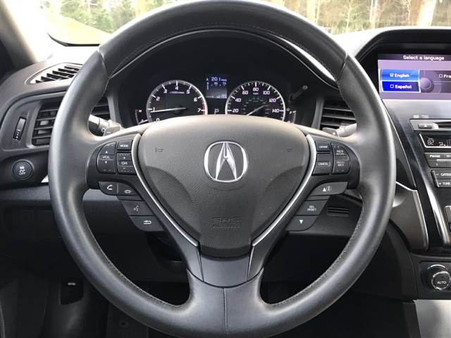2013 Acura ILX 2.0L 4dr Sedan w/Technology Package - Redmond WA