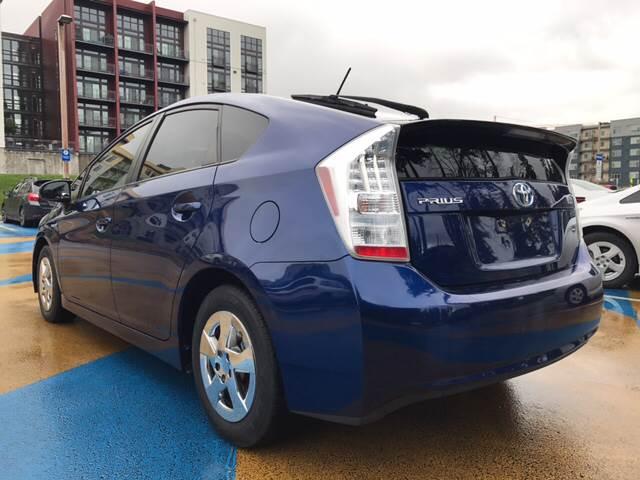 2011 Toyota Prius II 4dr Hatchback - Redmond WA