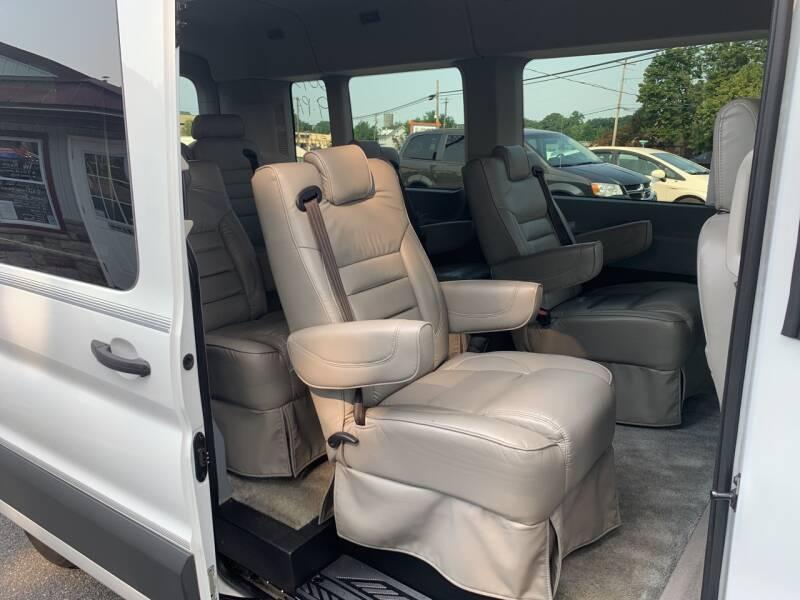 2017 Ford Transit Passenger 350 XLT 3dr LWB Medium Roof Passenger Van w/Sliding Passenger Side Door - Lancaster PA
