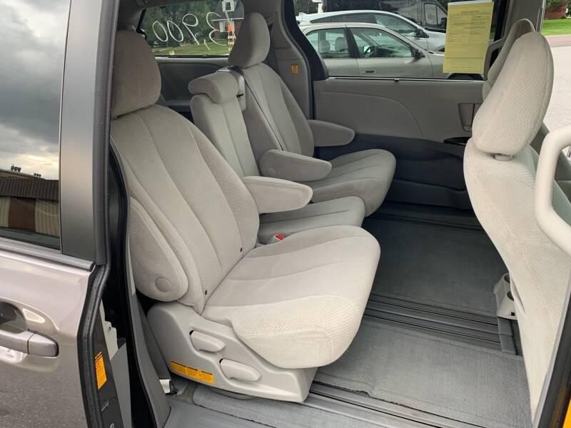 2013 Toyota Sienna LE 8-Passenger 4dr Mini-Van - Lancaster PA