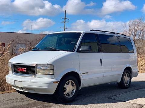 2000 GMC Safari for sale in East Dundee, IL