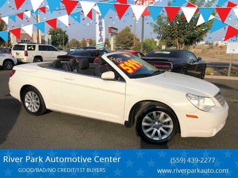 2010 Chrysler Sebring for sale at River Park Automotive Center in Fresno CA
