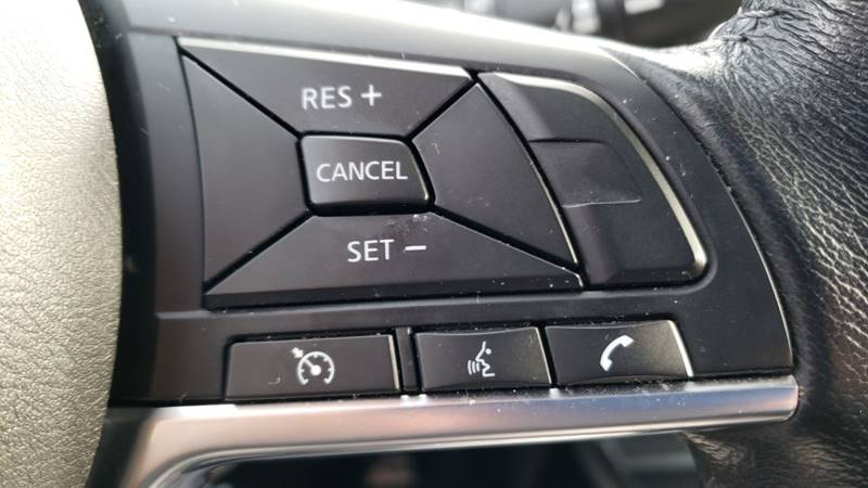 2019 Nissan Rogue SV (image 19)