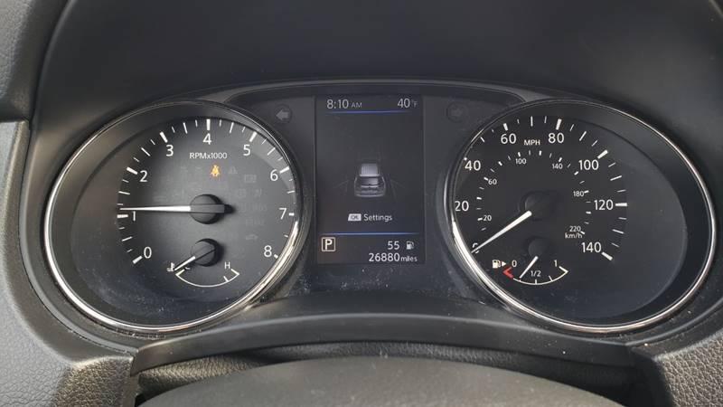 2019 Nissan Rogue SV (image 20)