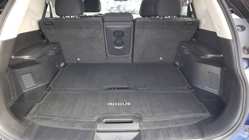 2019 Nissan Rogue SV (image 33)