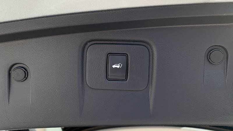 2016 Nissan Murano Platinum (image 30)