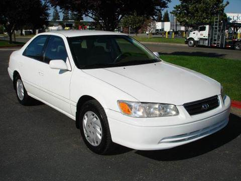 2000 Toyota Camry for sale at Mr Carz Auto Sales in Sacramento CA