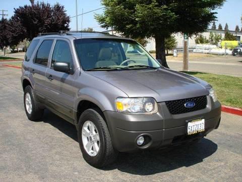 2007 Ford Escape for sale at Mr Carz Auto Sales in Sacramento CA
