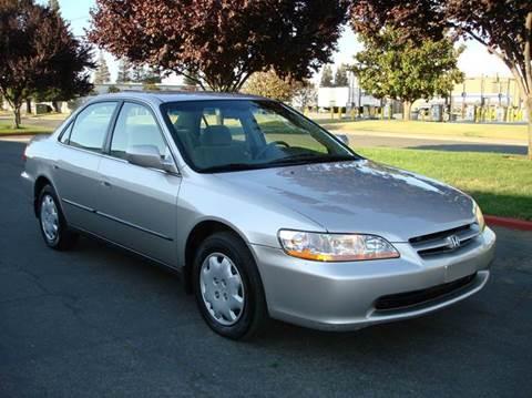 1999 Honda Accord for sale at Mr Carz Auto Sales in Sacramento CA