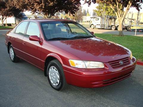 1998 Toyota Camry for sale at Mr Carz Auto Sales in Sacramento CA