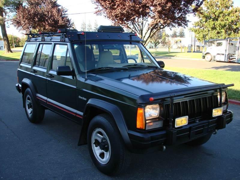 1996 Jeep Cherokee for sale at Mr Carz Auto Sales in Sacramento CA