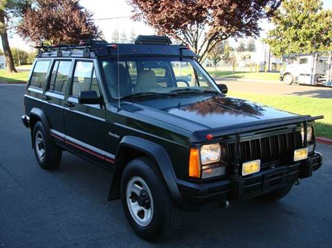 1996 Jeep Cherokee for sale at Mr Carz Auto Sales in Sacramento CA