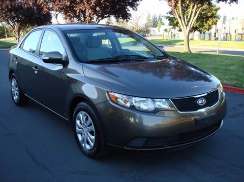 2010 Kia Forte for sale at Mr Carz Auto Sales in Sacramento CA
