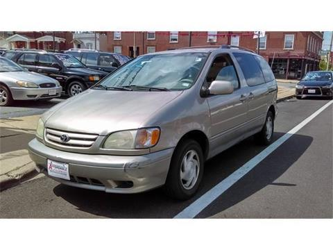 2002 Toyota Sienna for sale in Saint Louis, MO