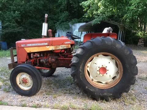 1971 International 444Tractor for sale in Hope, AR