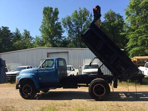1997 Ford F-800 for sale at M & W MOTOR COMPANY in Hope AR