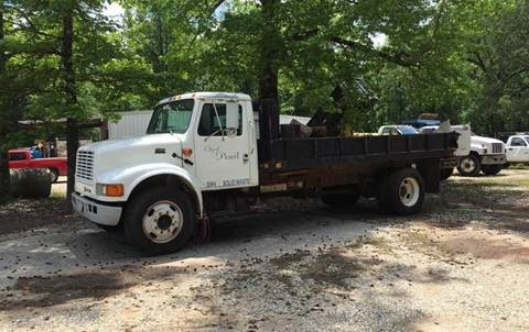 2001 International 4700 for sale at M & W MOTOR COMPANY in Hope AR