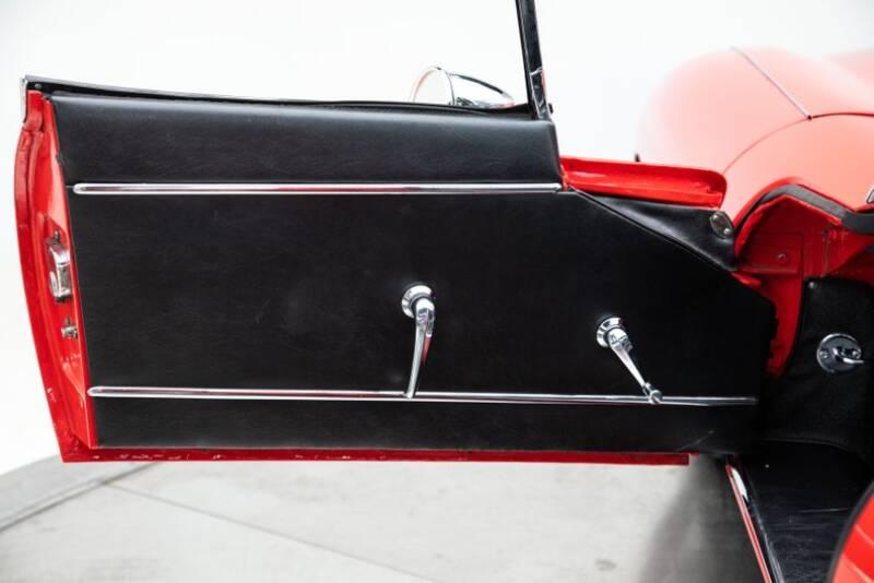1963 Jaguar XK 32